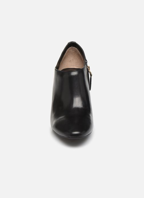 Ankle boots Lauren Ralph Lauren Aubree Boots Black model view