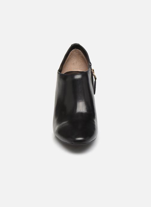 Stivaletti e tronchetti Lauren Ralph Lauren Aubree Boots Nero modello indossato