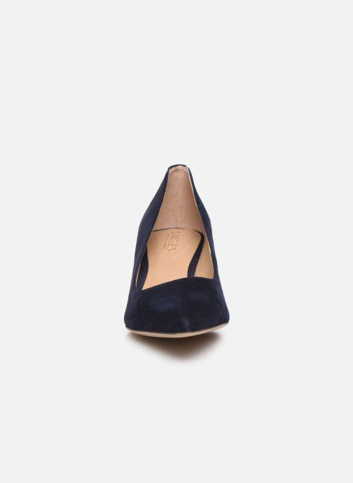 Zapatos de tacón Lauren Ralph Lauren Adrienne III Pumps Azul vista del modelo