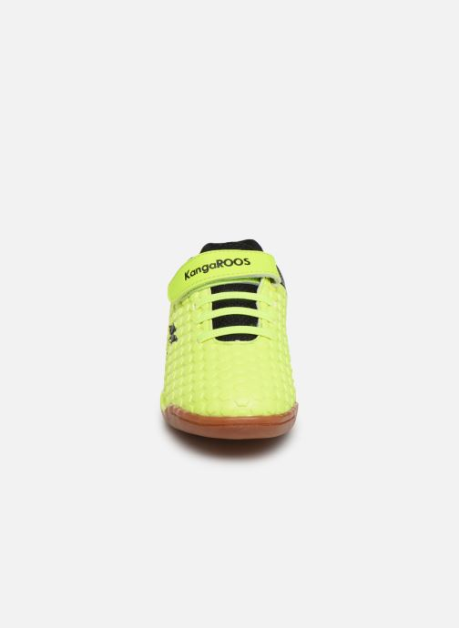 Baskets Kangaroos Speed Court EV Jaune vue portées chaussures