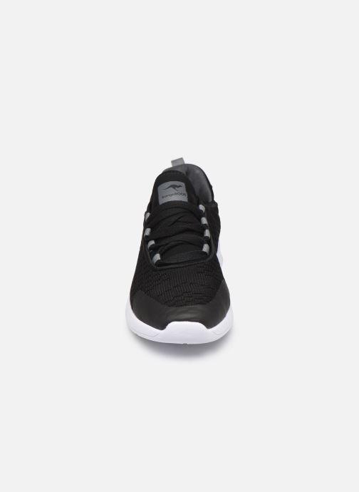 Baskets Kangaroos KF Flex Noir vue portées chaussures