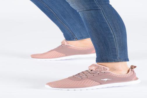 Sneakers Kangaroos Bumpy C Sort se forneden