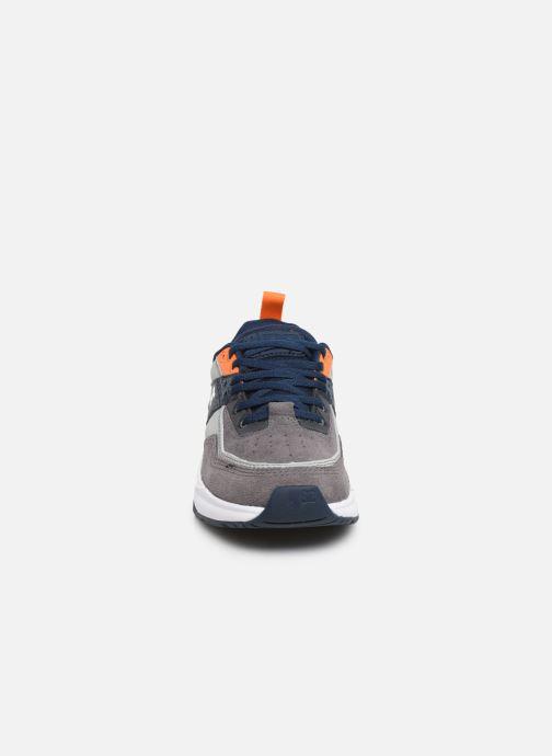 Baskets DC Shoes E.Tribeka Gris vue portées chaussures