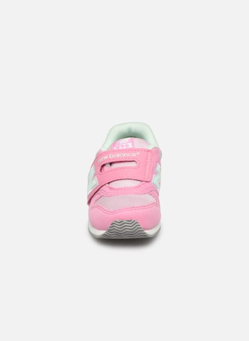 Trainers New Balance IV996 M Pink model view
