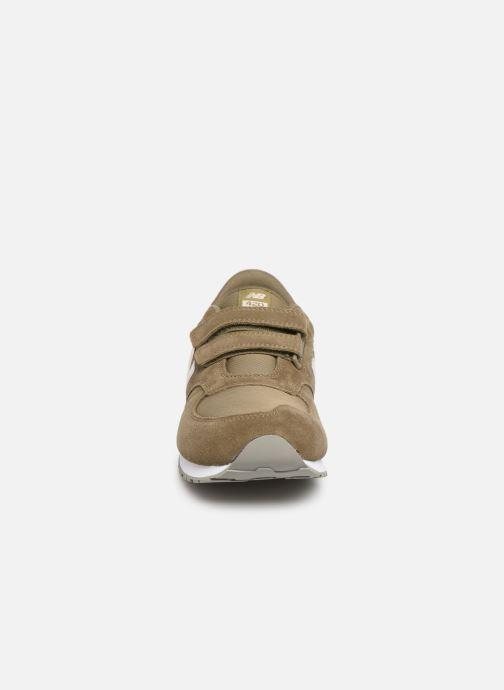 Sneakers New Balance YV420 M Groen model