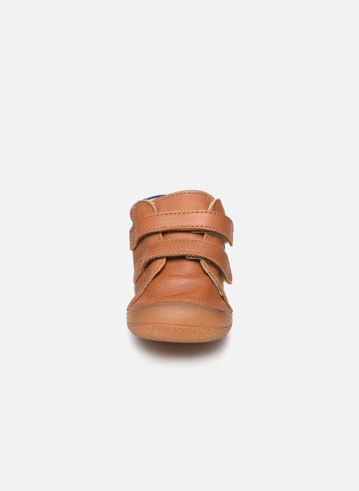 Hjemmesko Babybotte Zoupy Brun se skoene på