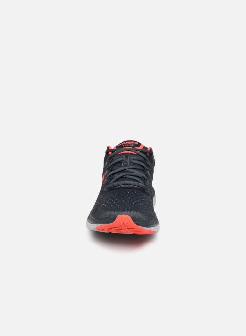 Chaussures de sport Under Armour UA Charged Impulse Gris vue portées chaussures