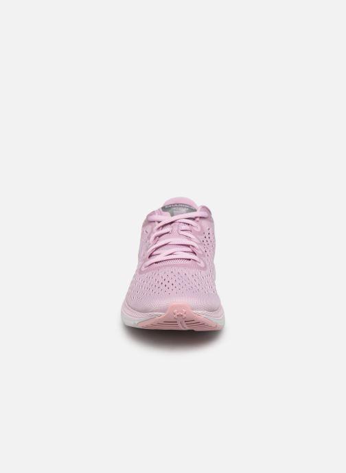 Chaussures de sport Under Armour UA W Charged Impulse Rose vue portées chaussures