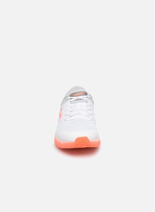 Chaussures de sport Under Armour UA W Charged Bandit 5 Blanc vue portées chaussures