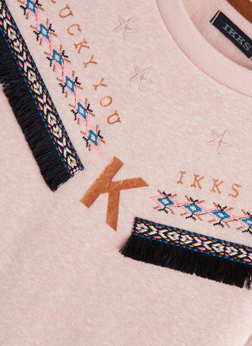 Vêtements IKKS JUNIOR  Sweat XP15062 Rose vue portées chaussures