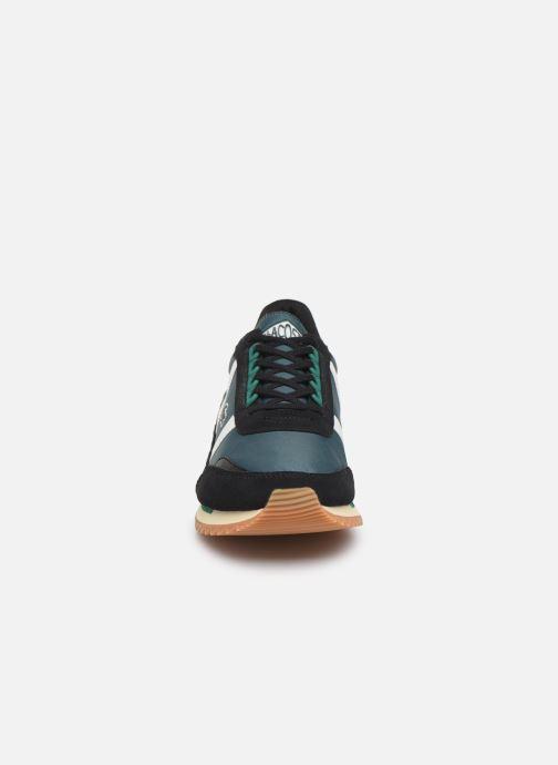 Baskets Lacoste Partner Retro 319 1 SMA Vert vue portées chaussures