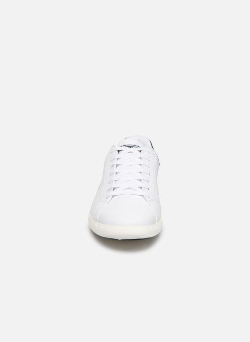 Baskets Lacoste Graduate 319 2 SMA Blanc vue portées chaussures