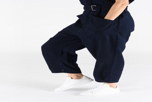Sneaker Lacoste Carnaby Light-Wt 319 1 SFA weiß ansicht von unten / tasche getragen