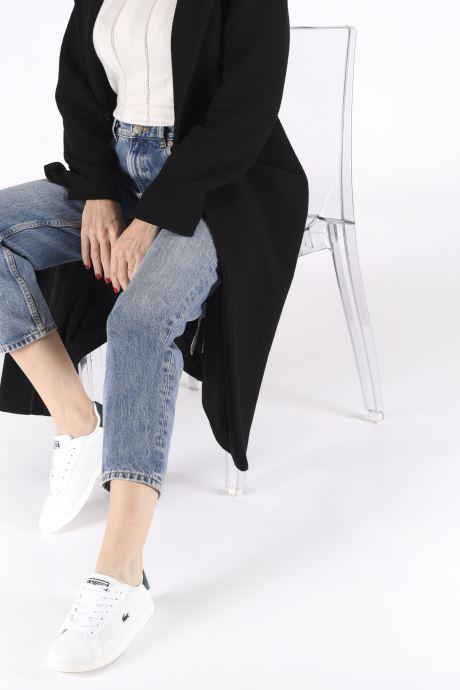 Sneaker Lacoste Graduate 319 2 SFA weiß ansicht von unten / tasche getragen