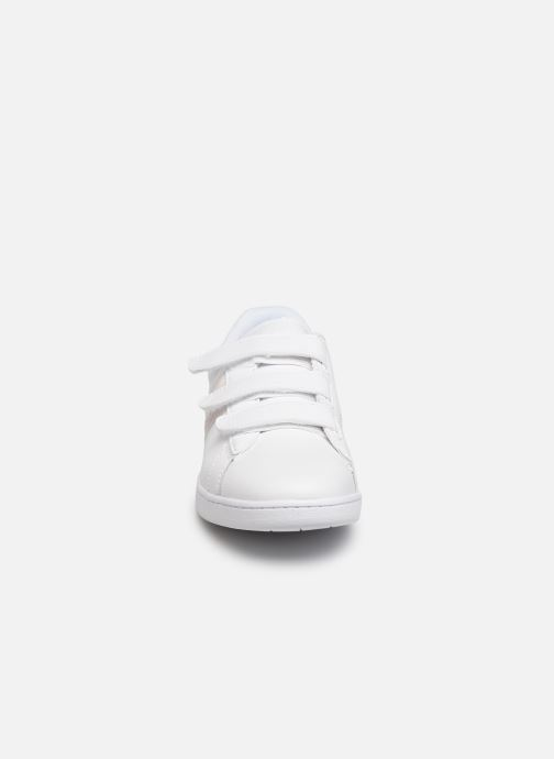 Baskets Lacoste Carnaby Evo Strap 319 1 SFA Blanc vue portées chaussures