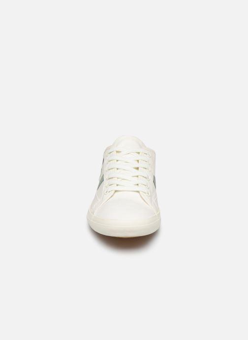 Baskets Lacoste Sideline 319 2 CFA Blanc vue portées chaussures