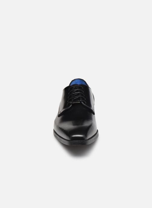 Zapatos con cordones Azzaro POIVRE Negro vista del modelo
