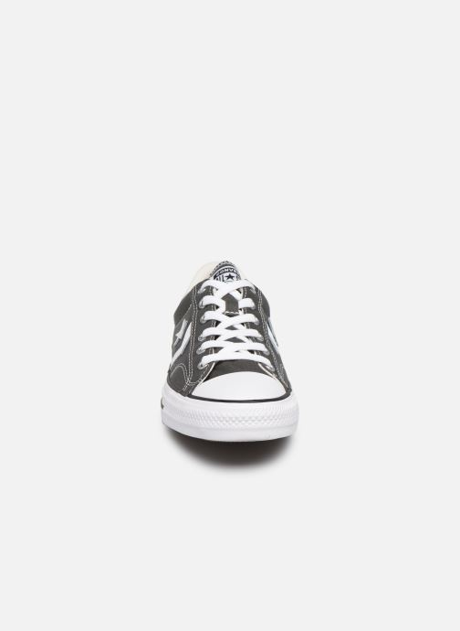 Baskets Converse Star Player Canvas Ox Gris vue portées chaussures