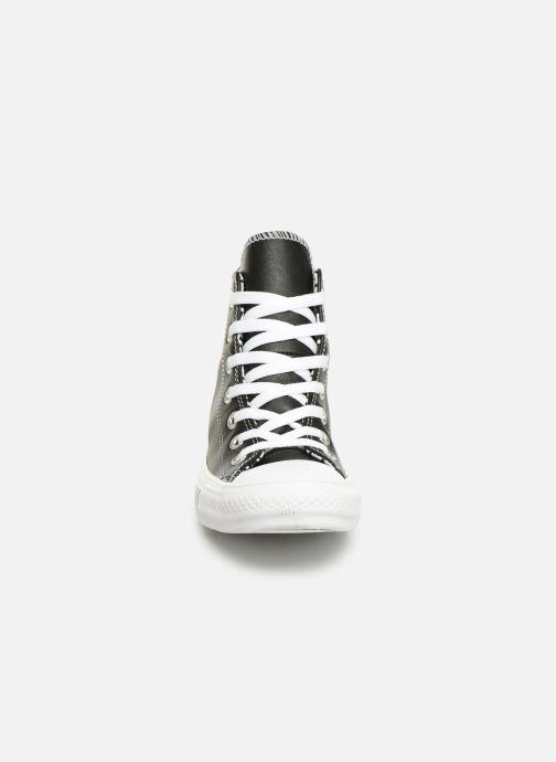 Baskets Converse Chuck Taylor All Star Mission-V Hi Noir vue portées chaussures