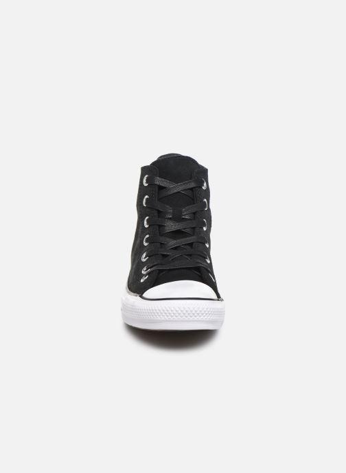 Baskets Converse Chuck Taylor All Star Retrograde Hi Noir vue portées chaussures