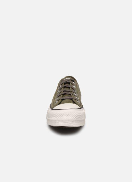 Baskets Converse Chuck Taylor All Star Lift Nubuck Ox Vert vue portées chaussures