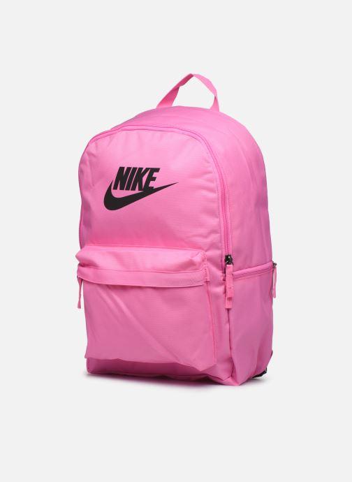 Mochilas Nike HERITAGE BKPK - 2.0 Rosa vista del modelo