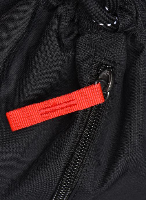 Sporttaschen Nike HERITAGE GMSK - 2.0 schwarz ansicht von hinten