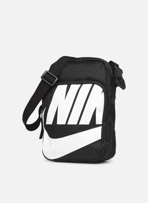Herrentaschen Nike HERITAGE SMIT - 2.0 GFX schwarz schuhe getragen