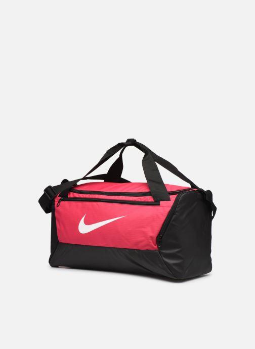 Borsa da palestra Nike BRSLA S DUFF - 9.0 (41L) Rosa modello indossato