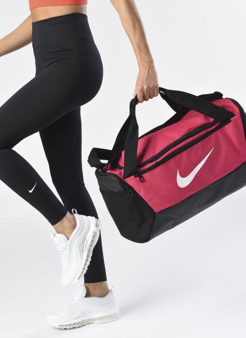 Sacs de sport Nike BRSLA S DUFF - 9.0 (41L) Rose vue bas / vue portée sac