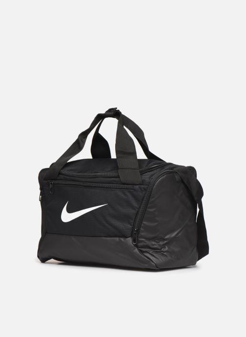 Borsa da palestra Nike BRSLA XS DUFF - 9.0 Nero modello indossato