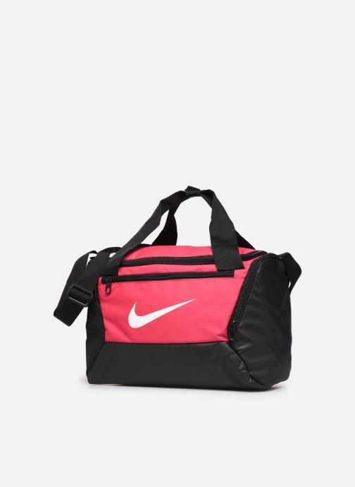 Borsa da palestra Nike BRSLA XS DUFF - 9.0 Rosa modello indossato
