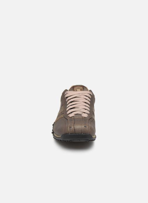 Sneaker Skechers Urbantrack/Forward braun schuhe getragen