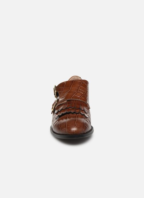 Mocassins Petite mendigote VALERE Marron vue portées chaussures