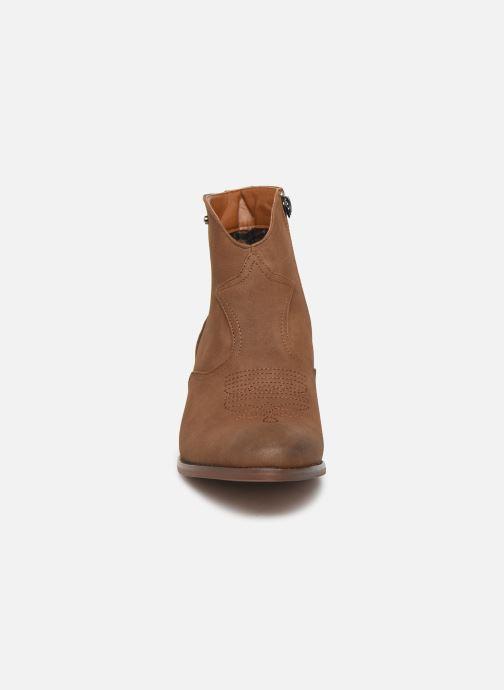 Bottines et boots Kaporal Sabrina Marron vue portées chaussures