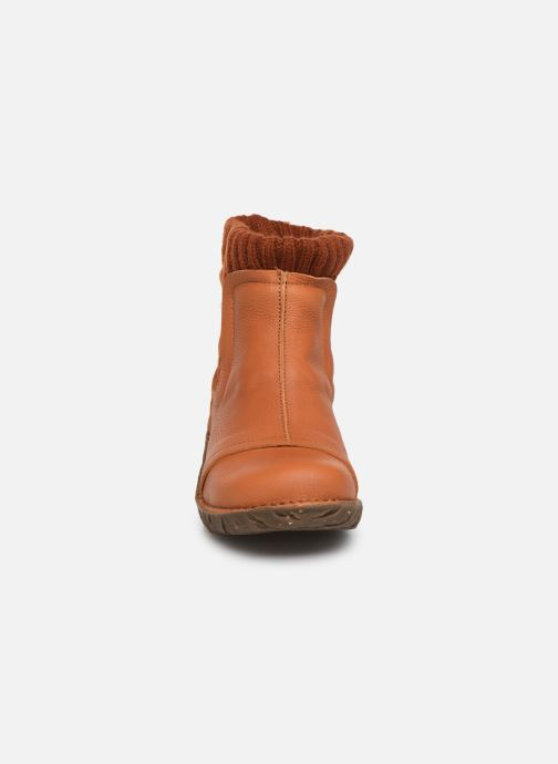 Ankelstøvler El Naturalista Yggdrasil NE23 C Orange se skoene på