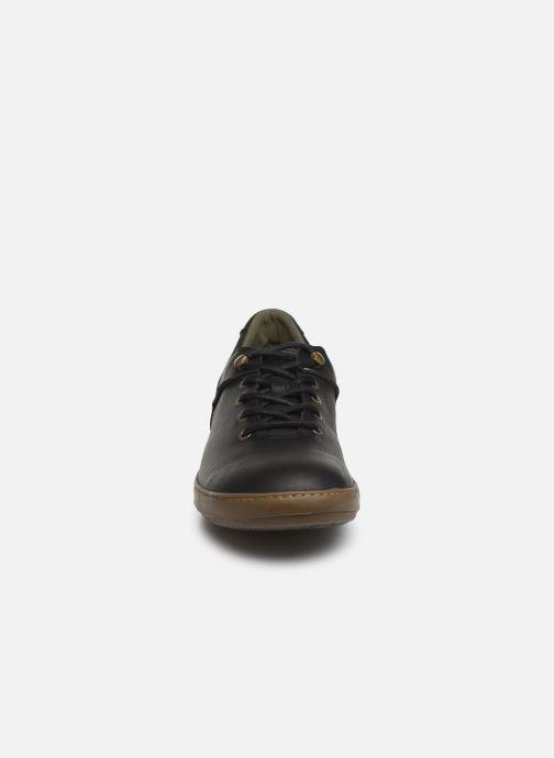 Baskets El Naturalista Meteo NF66 C Noir vue portées chaussures