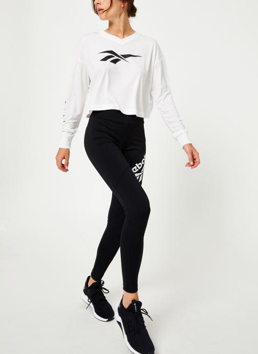 Vêtements Reebok Cl V P Cropped Longl Blanc vue bas / vue portée sac