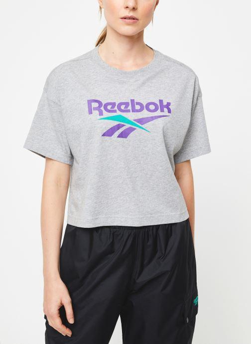 Vêtements Reebok Cl V Crop Tee Gris vue droite
