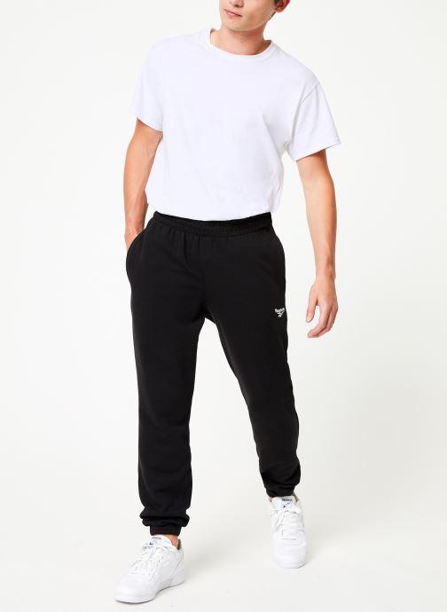 Vêtements Reebok Cl Ft Jogger Noir vue bas / vue portée sac