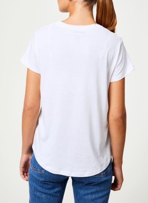 Vêtements MKT Studio TYLER BLONDIE Blanc vue portées chaussures