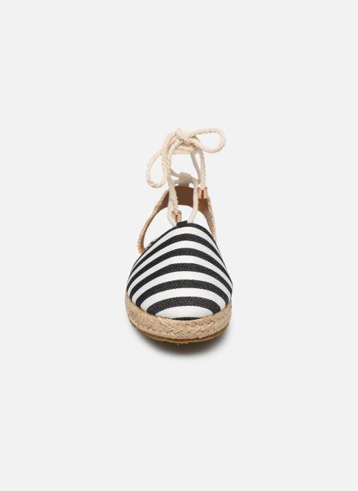 Scarpe di corda Pieces ANITA SANDAL Nero modello indossato