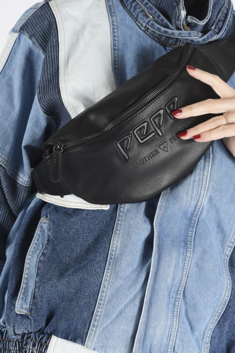 Wallets & cases Pepe jeans ARITZ WAIST BAG Black view from underneath / model view