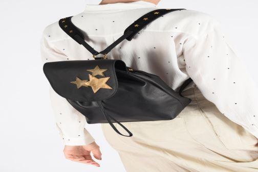 Sacs à dos Nat & Nin Stella Noir vue bas / vue portée sac