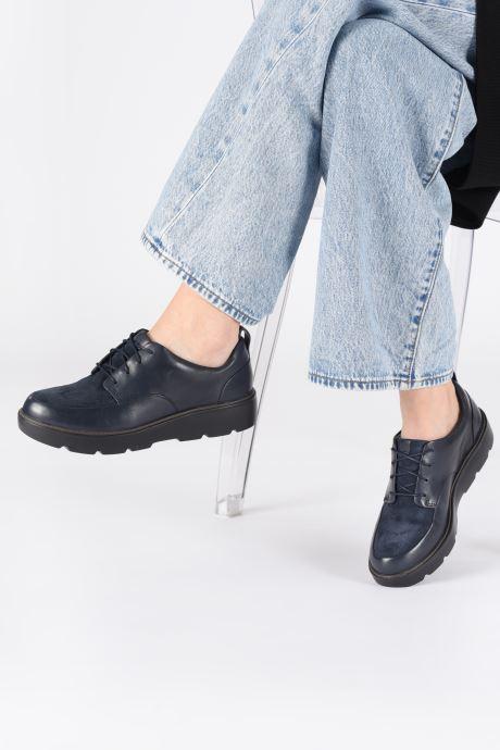 Chaussures à lacets Clarks Unstructured Un Balsa Lace Bleu vue bas / vue portée sac