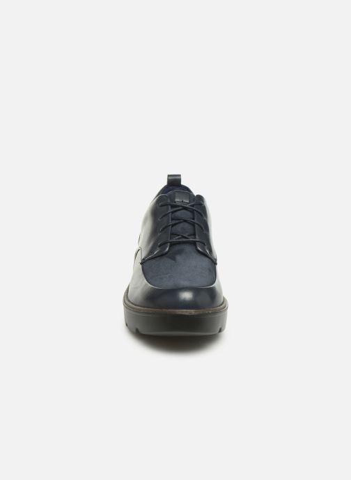 Zapatos con cordones Clarks Unstructured Un Balsa Lace Azul vista del modelo