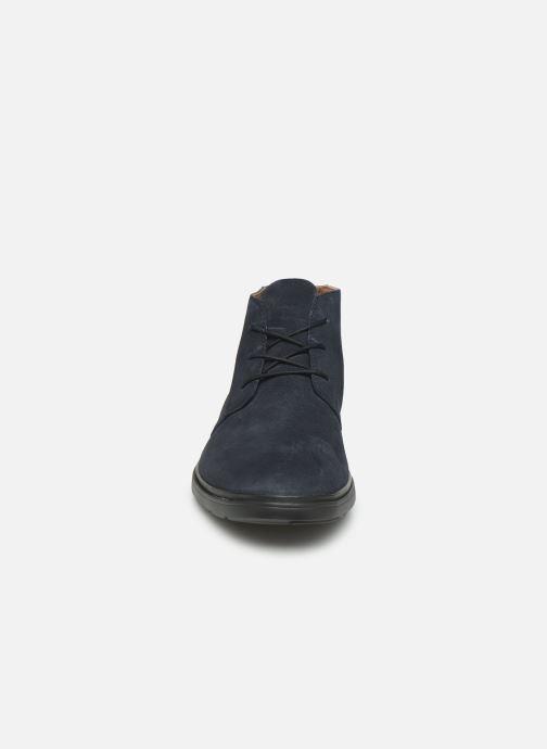 Bottines et boots Clarks Unstructured Un Tailor Mid Bleu vue portées chaussures
