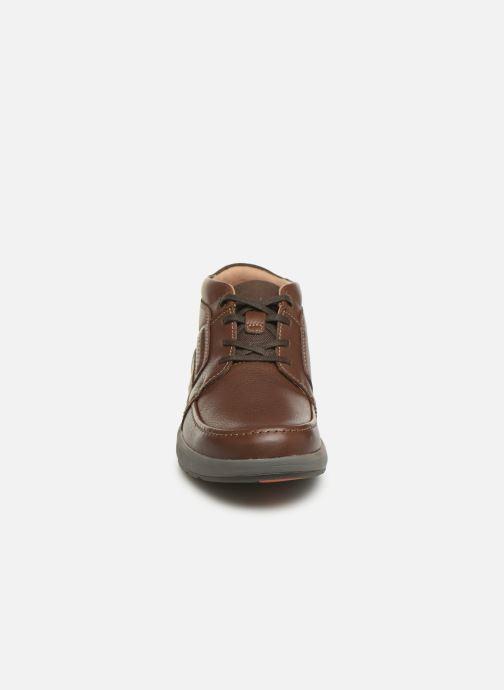 Bottines et boots Clarks Unstructured Un Trail Limit Bordeaux vue portées chaussures