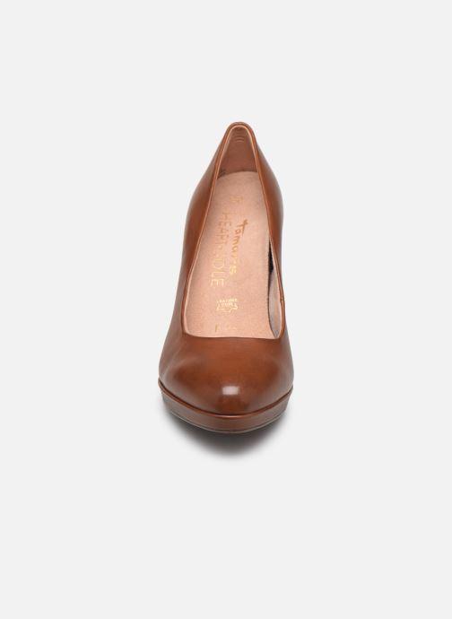 Escarpins Tamaris SHIRLEY Marron vue portées chaussures