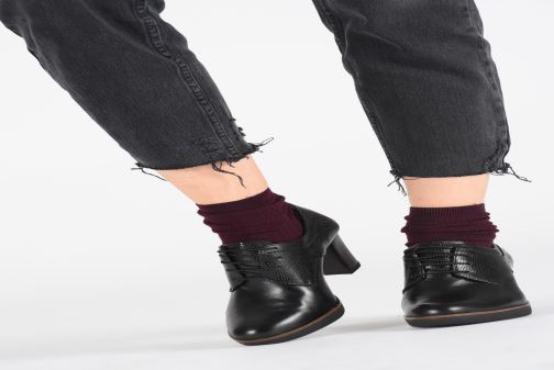 Lace-up shoes Tamaris NAMU NEW Black view from underneath / model view